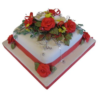 Christmas Cake 6 Red Roses