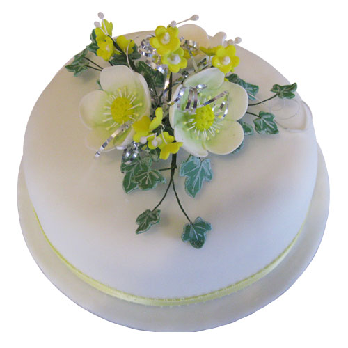 Christmas Cakes Hellebores Yellow Blossom Ivy