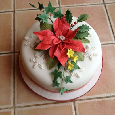 Christmas Cakes Holly Ivy Poinsettia