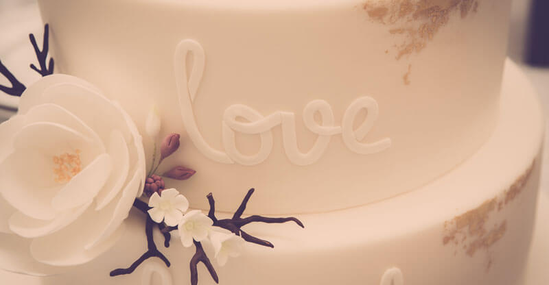 Wedding Cake Love